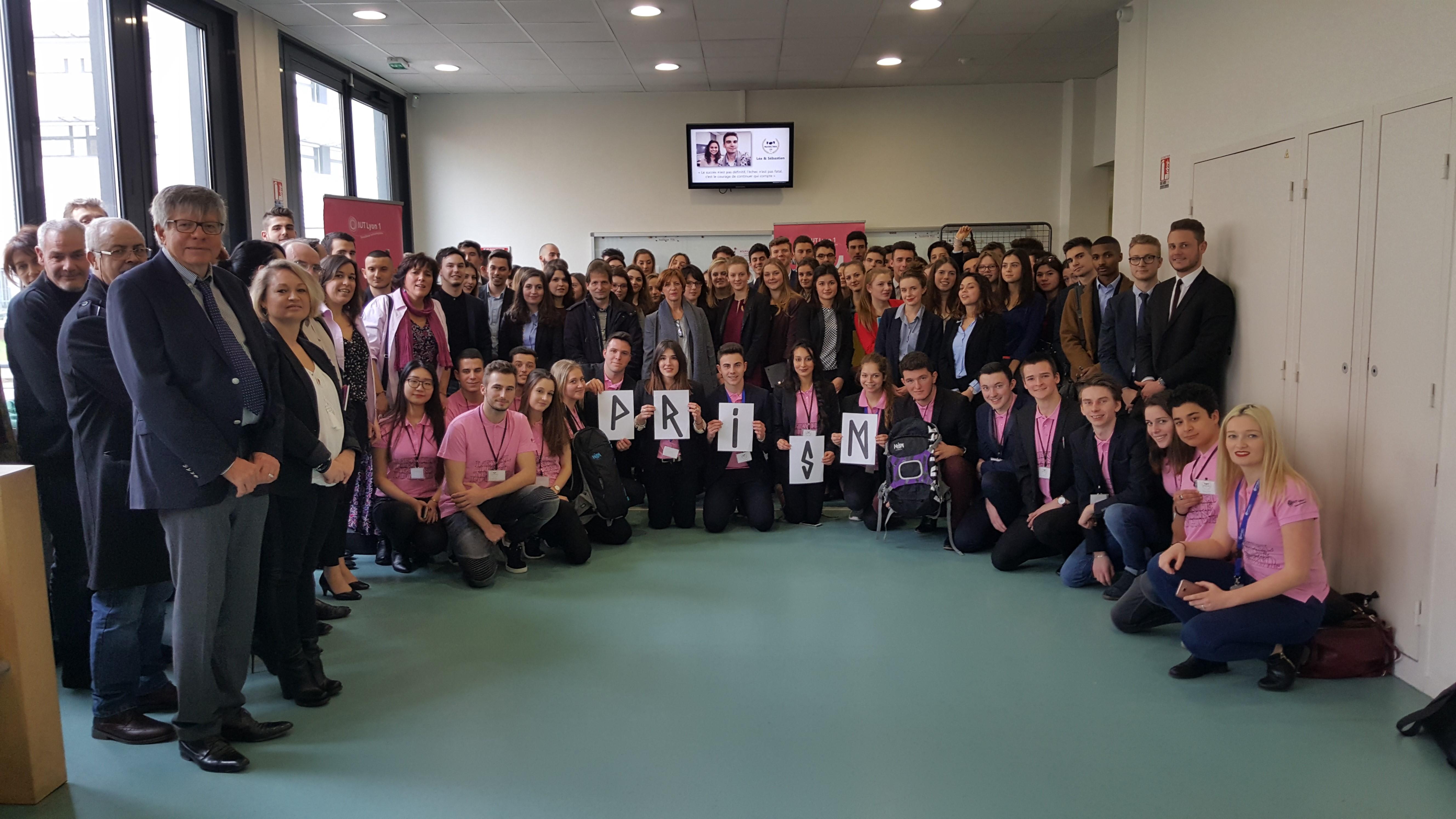 Les participants au concours MDV 2017, l'équipe organisatrice et le jury